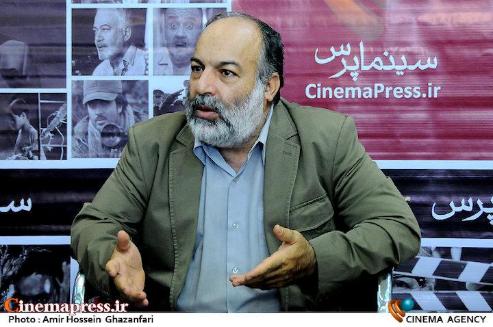 عظیمی میرآبادی: برخی گلوگاه های اصلی سینما و تلویزیون در اختیار کسانی است که اعتقادی به انقلاب و نظام اسلامی ندارند/ به افرادی که سنخیتی با انقلاب ندارند اجازه کار داده می شود