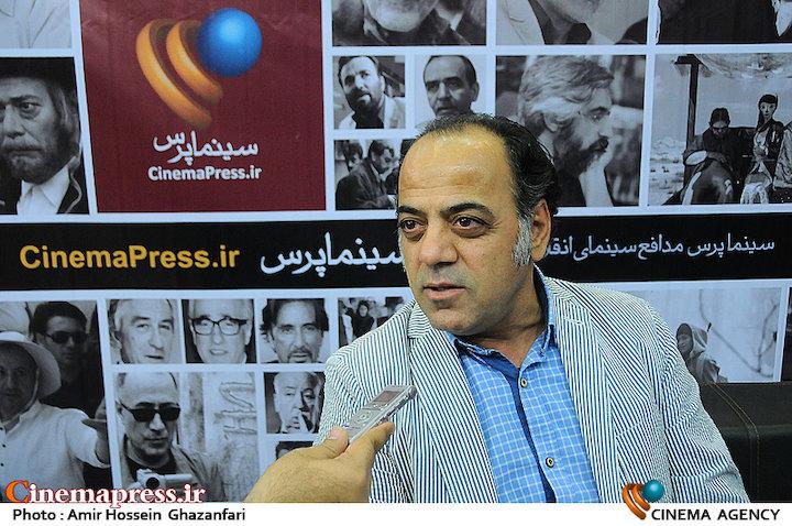 جواد افشار در بیست و دومین نمایشگاه مطبوعات
