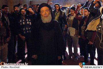 فیلم/ گزارش ۲۰:۳۰ از بی مهری جشنواره فجر به «امپراطور جهنم»