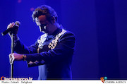 کنسرت شهرام شکوهی در سی و دومین جشنواره موسیقی فجر