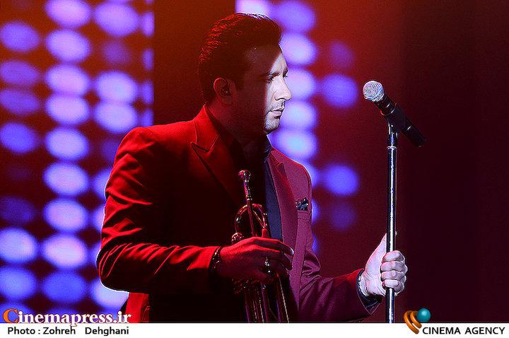 عکس/ کنسرت امید حاجیلی در سی و دومین جشنواره موسیقی فجر