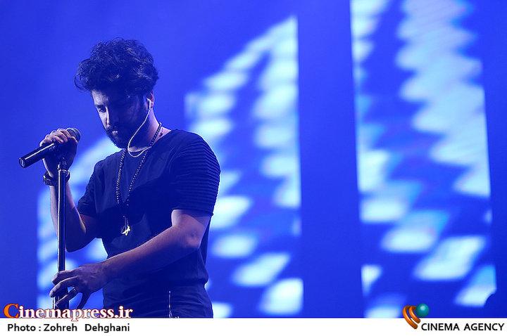 عکس/ کنسرت زانیار خسروی در سی و دومین جشنواره موسیقی فجر