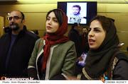 رقیه توکلی و نازنین بیاتی در افتتاحیه سی و پنجمین جشنواره فیلم فجر