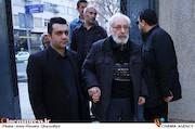 جمشید مشایخی در تشییع پیکر مرحوم علی معلم