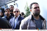 منصور غضنفری در تشییع پیکر مرحوم علی معلم