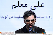 امید معلم در تشییع پیکر مرحوم علی معلم