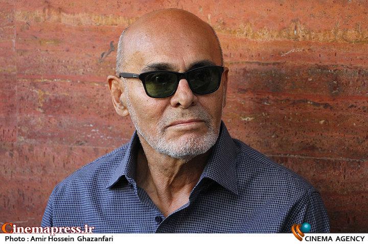 جمشید هاشم پور در مراسم رونمایی از کتاب و اعلام آغاز ساخت فیلم کوروش بزرگ
