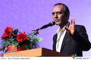 علی اکبری: سلبریتی ها مسیر انقلاب اسلامی را به کلی فراموش کرده اند/ کسانی که شهرت و محبوبیت شان را مدیون نظام هستند باید به آن وفادار باشند