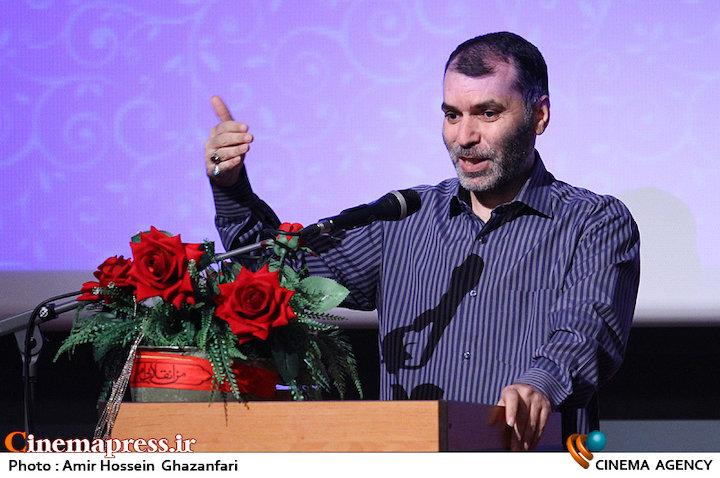 مسعود ده نمکی در نشست صمیمی هنرمندان سینمای دفاع مقدس