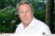 پیدا شدن پیکر بیجان «جان هرد» در اتاق هتلی در کالیفرنیا