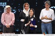 دریافت جایزه توسط پردیس احمدیه در اختتامیه ششمین جشنواره بینالمللی فیلم شهر