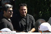 حسین شریفی در مراسم تشییع پیکر مرحوم ناصر فرهودی