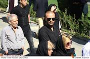 حمید حامی در مراسم تشییع پیکر مرحوم ناصر فرهودی