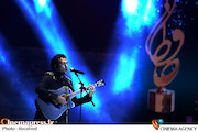 اجرای موسیقی توسط رضا یزدانی در هفدهمین جشن حافظ