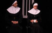 نمایش «شک» در مجموعه تئاتر سه نقطه به روی صحنه رفت