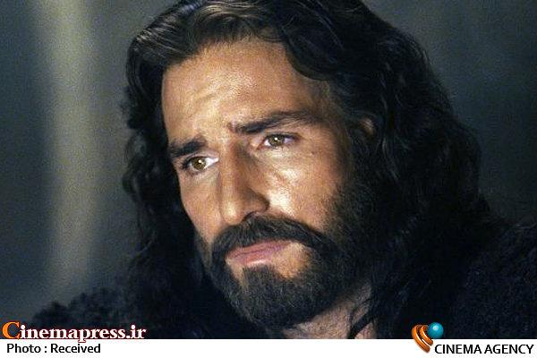 تصویر حضرت مسیح بر پرده سینما