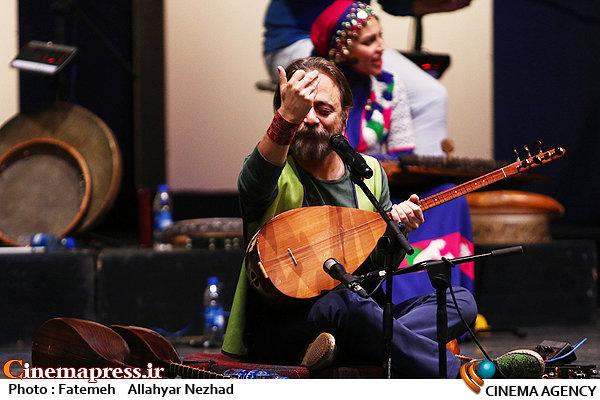 گروه رستاک در سی و سومین جشنواره موسیقی فجر