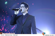 کنسرت سینا شعبانخانی در سی و سومین جشنواره موسیقی فجر