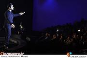 عکس/ کنسرت سینا شعبانخانی در سی و سومین جشنواره موسیقی فجر