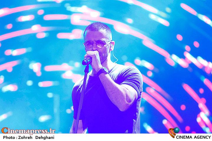 عکس/ کنسرت سیروان خسروی در سی و سومین جشنواره موسیقی فجر