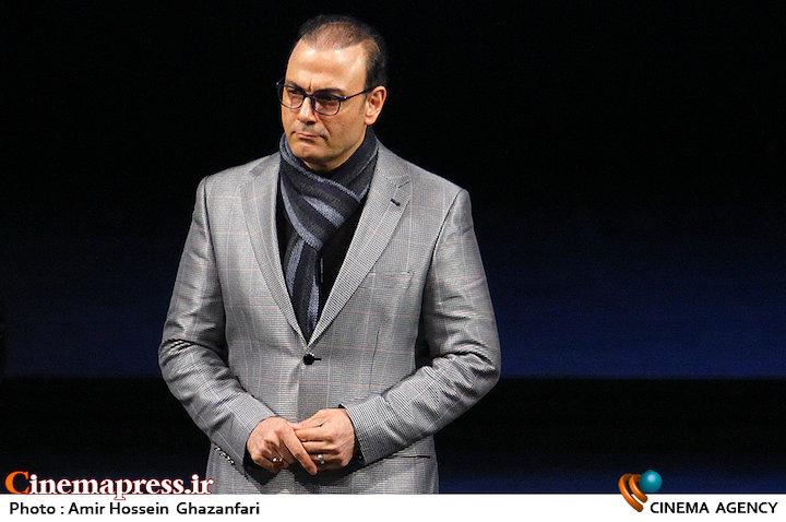 علیرضا قربانی در اختتامیه سی و سومین جشنواره موسیقی فجر