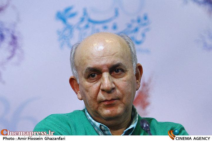 بهرام بدخشانی در اعلام نامزدهای بخش سودای سیمرغ سی و ششمین جشنواره فیلم فجر