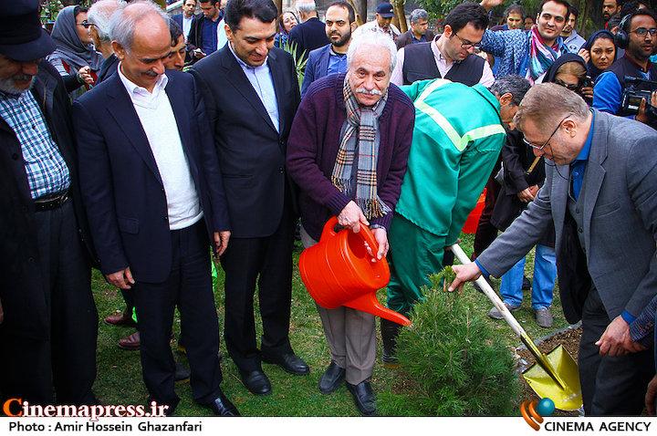 عکس/ مراسم هفته درختکاری با حضور اصحاب فرهنگ، هنر و رسانه