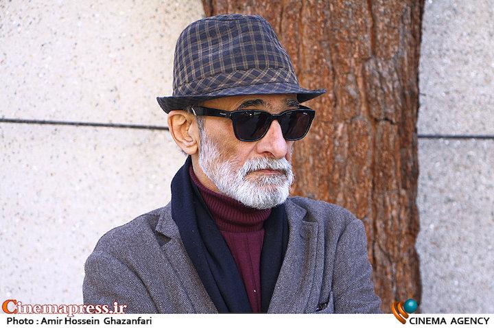 سیدضیاء الدین دری در مراسم تشییع پیکر مرحوم «همایون شهنواز»