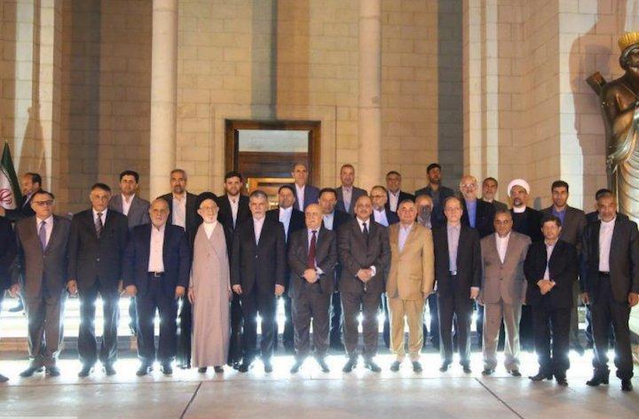 دیدار وزیر ارشاد با نخبگان عراق