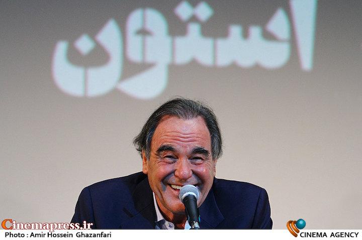 عکس/ نشست مطبوعاتی «الیور استون» در جشنواره جهانی فیلم فجر