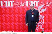 سیدرضا میرکریمی در مراسم اختتامیه سیوششمین جشنواره جهانی فیلم فجر