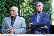 همایون اسعدیان و دکتر محمد سریر در مراسم تشییع پیکر مرحوم «ناصر چشم آذر»