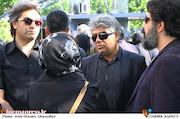 ستار اورکی در مراسم تشییع پیکر مرحوم «ناصر چشم آذر»