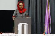 سارا قراچه داغی در مراسم تجلیل از پیشکسوتان انجمن طراحان فنی سینما
