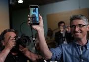 گدار با فیس تایم نشست مطبوعاتی برگزار کرد