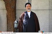 حجت الاسلام سیدمحمود دعایی در مراسم تشییع پیکر مرحوم «حسین شهاب»