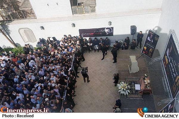 مراسم تشییع پیکر زنده یاد ناصر ملک مطیعی