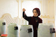 تینا پاکروان در فیلم سینمایی «بیوزنی»