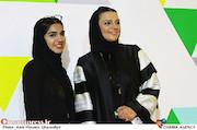 الهام پاوه نژاد و دخترش در مراسم اکران خصوصی فیلم سینمایی خاله قورباغه