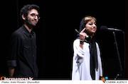 کتایون پرمر و محمد روحبخش در مراسم اختتامیه پانزدهمین جشنواره فیلم کوتاه دانشجویی نهال