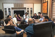 جلسه هم اندیشی کارگردانان مجموعه فیلم های کوتاه با مدیر گروه «هنر و تجربه»