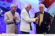 تجلیل از ابوالحسن تهامی نژاد در آئین نکوداشت بیستمین جشن سینمای ایران