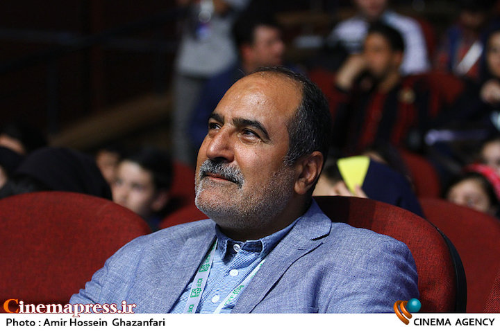 حبیب ایل بیگی در مراسم بزرگداشت فریال بهزاد در سی و یکمین جشنواره فیلم های کودکان و نوجوانان