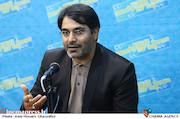 سیدمحمد حسینی در نشست نقد و بررسی فیلم سینمایی چراغ های ناتمام