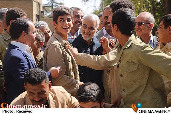 فیلم سینمایی «۲۳ نفر» با حضور سردار سلیمانی کلید خورد