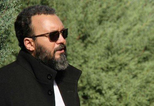 کامبیز دیرباز در سریال «گاندو»