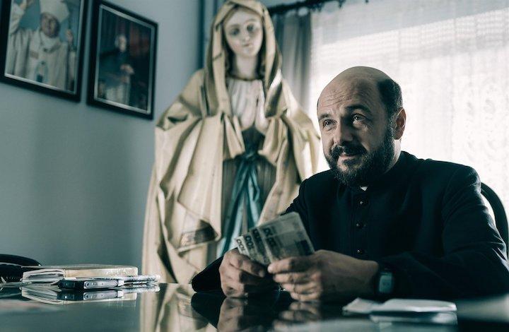 فیلم سینمایی «روحانی» به کارگردانی «ووچِک اِسمارزوفسکی»