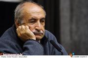 خسرو دهقان در نشست خبری جشن کتاب سال سینمای ایران