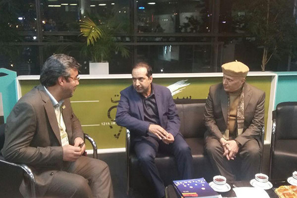 بازدید سرزده حسین انتظامی از دوازدهمین جشنواره «سینماحقیقت»