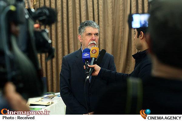 وزیر فرهنگ و ارشاد اسلامی در جمع خبرنگاران